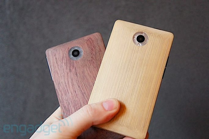 ADZero bamboo smartphone prototypes hands-on (video)