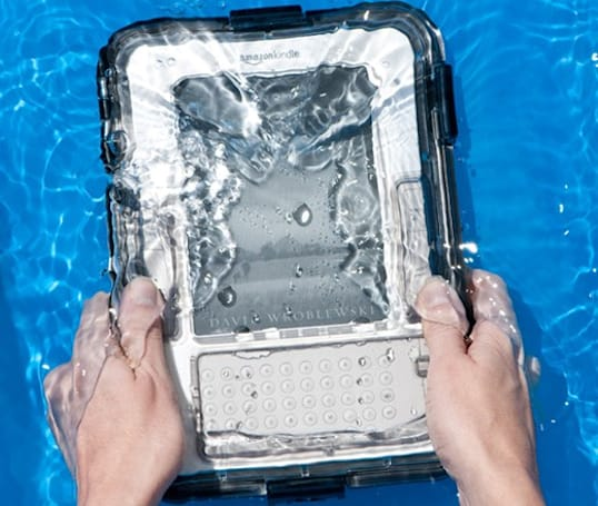 Kindle gets waterproof case from M-Edge, begins its life aquatic