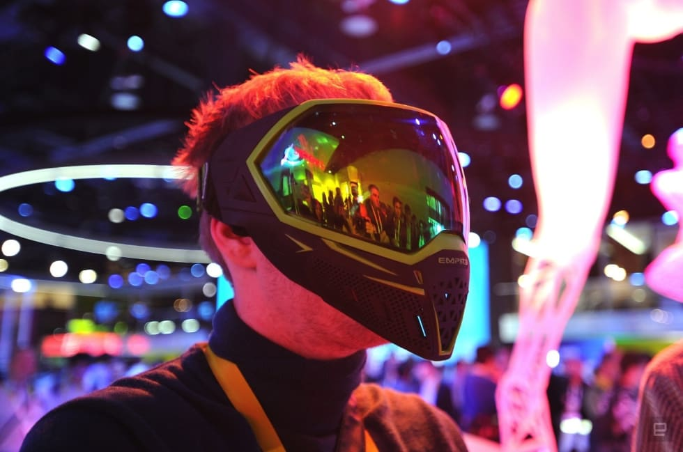 The other CES 2016 trend: Put a screen on it