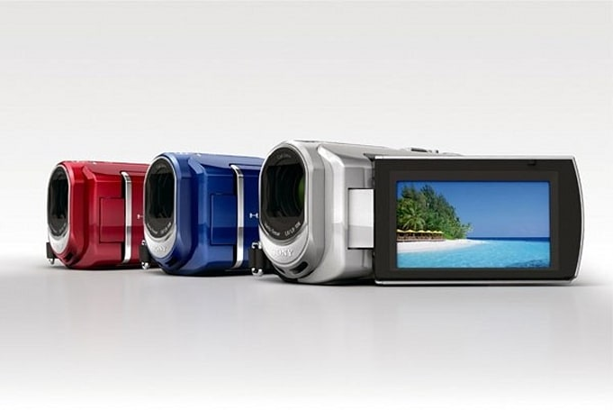 Sony offers up HDR-CX100 HD Handycam alongside three lowly SD models