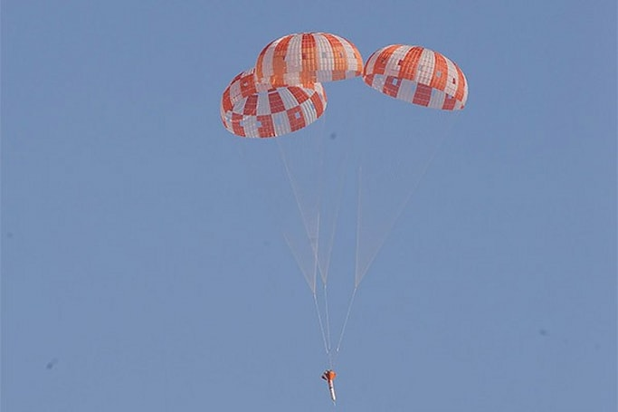 NASA completes successful parachute drop simulation for Orion spacecraft