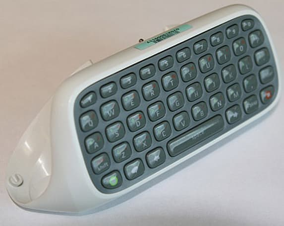 Xbox 360's QWERTY Chatpad gets price, release date