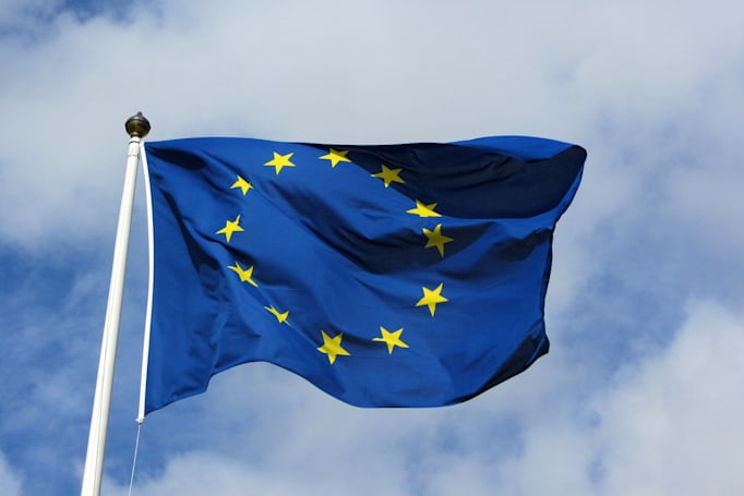 EU rules that US companies can't freely pull data out of Europe