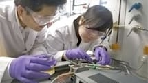 Researcher calls platinum wrong for fuel cell development, looks elsewhere for efficiency