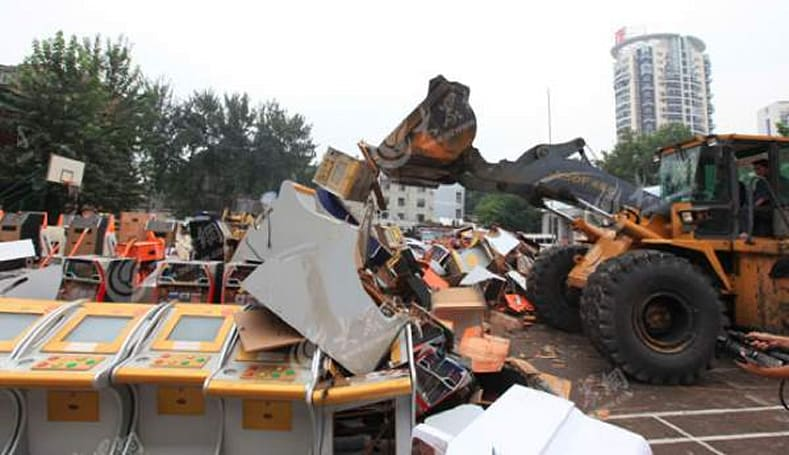 Operation Pure Wind demolishes over 600 arcade machines... on video!