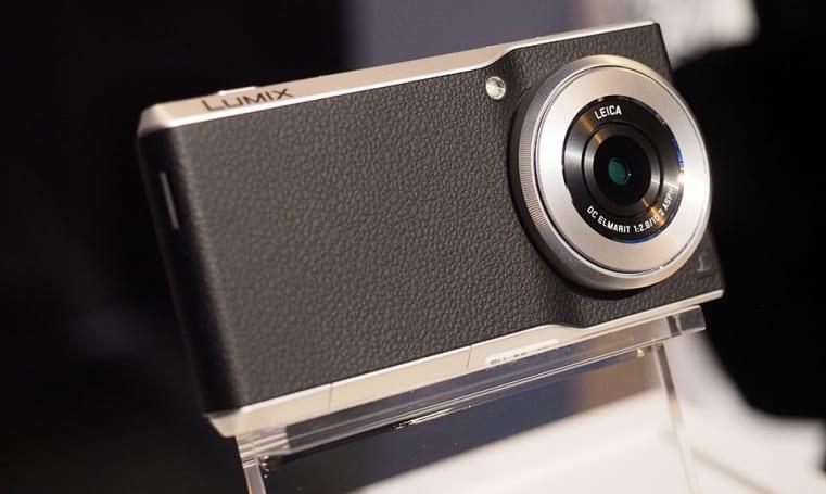 Panasonic's behemoth camera phone hits the US for $1,000