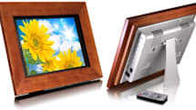 Aluratek's new 11-inch and 15-inch photo frames try and keep up