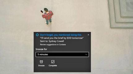 Cortana 會掃描電郵裡的內容,提醒你要完成的事項