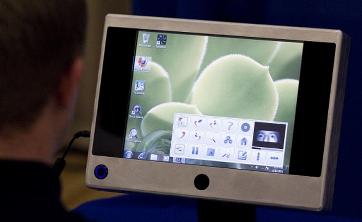 Students create affordable eye-tracking tablet for the disabled