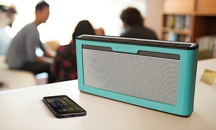 Bose's new SoundLink III has improved sound, battery life