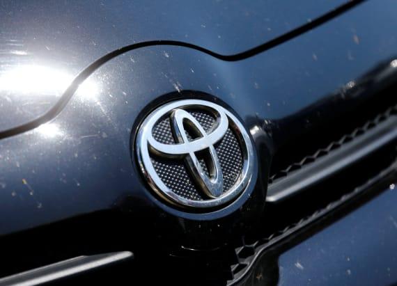 Toyota recalls 1.43 hybrids worldwide