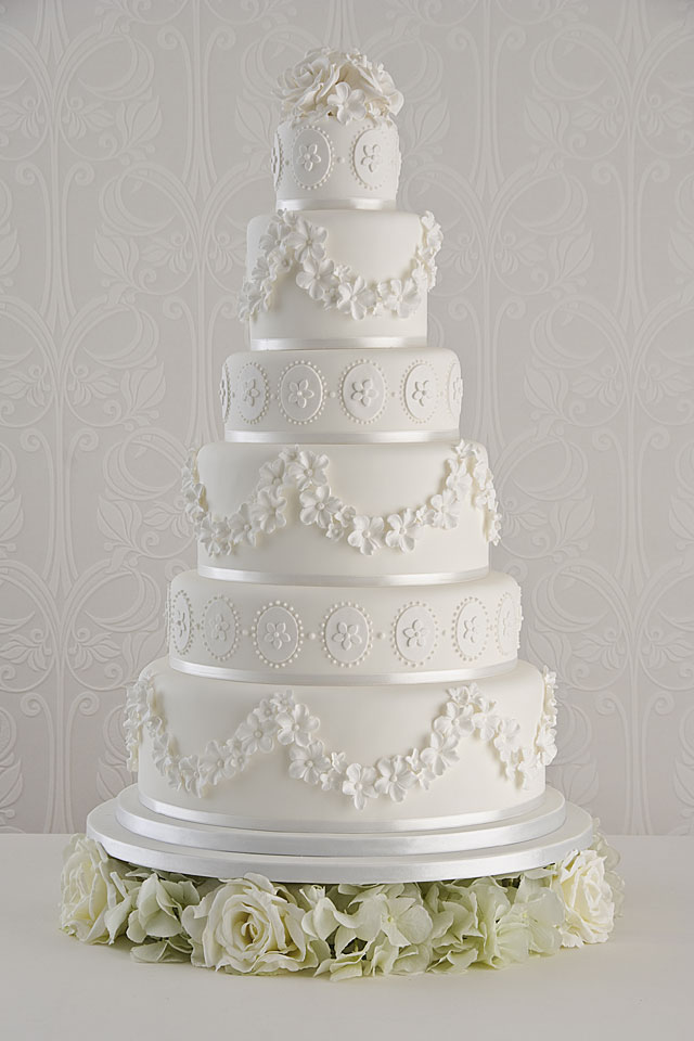 Vintage Wedding Cakes How To Make Yours Authentic HuffPost UK