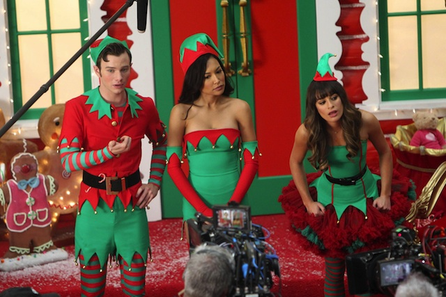 108150, LOS ANGELES, CALIFORNIA - Thursday November 7, 2013. TIS THE SEASON! Lea Michele, Chris Colfer, and Naya Rivera get into the holiday spirit to film scenes for a Christmas episode of 'Glee' in Los Angeles. Naya and Lea were Christmas Crackers as they dressed like sexy elves for the scene. Photograph: Miguel Aguilar/JS, © PacificCoastNews **FEE MUST BE AGREED PRIOR TO USAGE** **E-TABLET/IPAD & MOBILE PHONE APP PUBLISHING REQUIRES ADDITIONAL FEES** LOS ANGELES OFFICE: +1 310 822 0419 LONDON OFFICE: +44 20 8090 4079