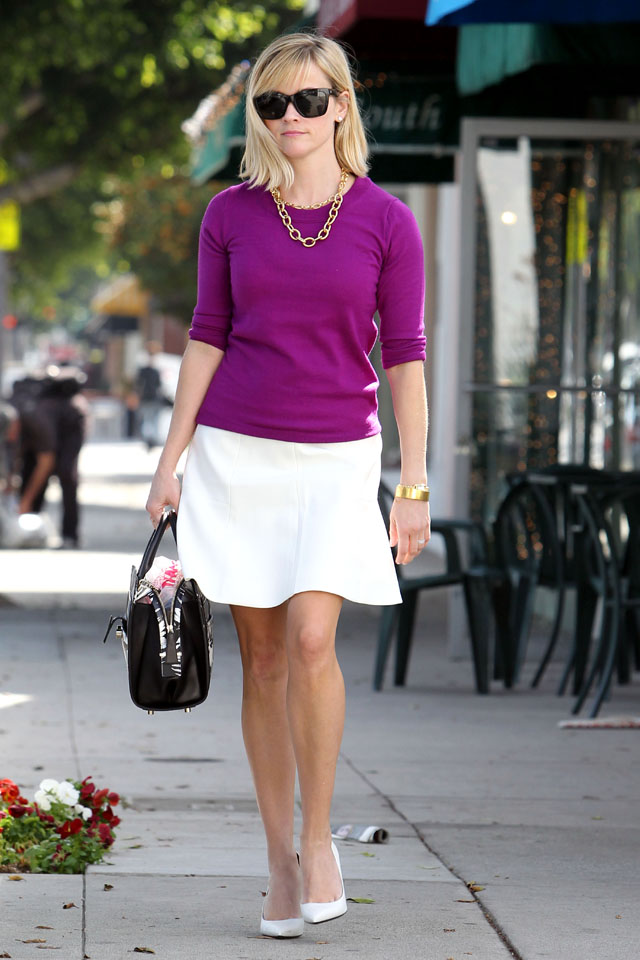 LOS ANGELES, CA - FEBRUARY 20: Reese Witherspoon is seen on February 20, 2014 in Los Angeles, California.  (Photo by Bauer-Griffin/GC Images)
