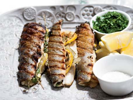 Best branzino recipes the daily meal for Branzino fish recipes