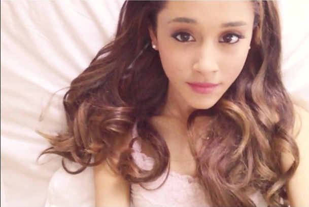 Ariana Grande Last Christmas full version listen