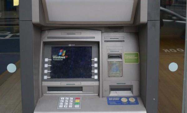 Los bancos pagarán a Microsoft para seguir usando XP en sus cajeros