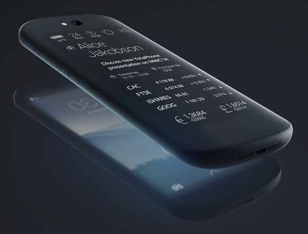 Dual-screen YotaPhone has a second shot at greatness