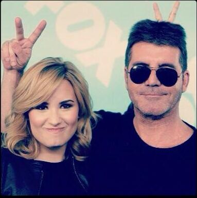 Simon Cowell talks Demi Lovato Latina magazine