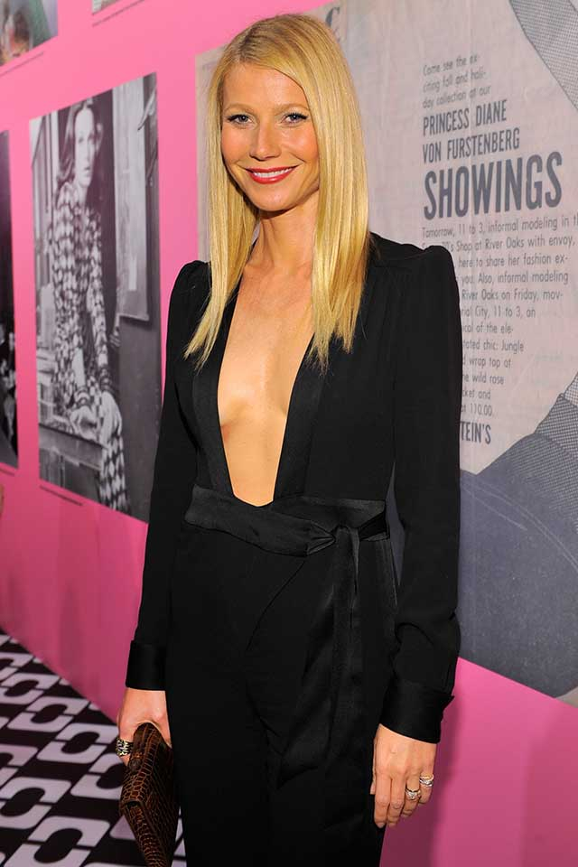 Gwyneth Paltrow Wows In Revealing Jumpsuit! HOT!