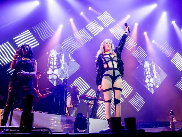ellie-goulding-cutout-bodysuit-nottingham-arena-tour