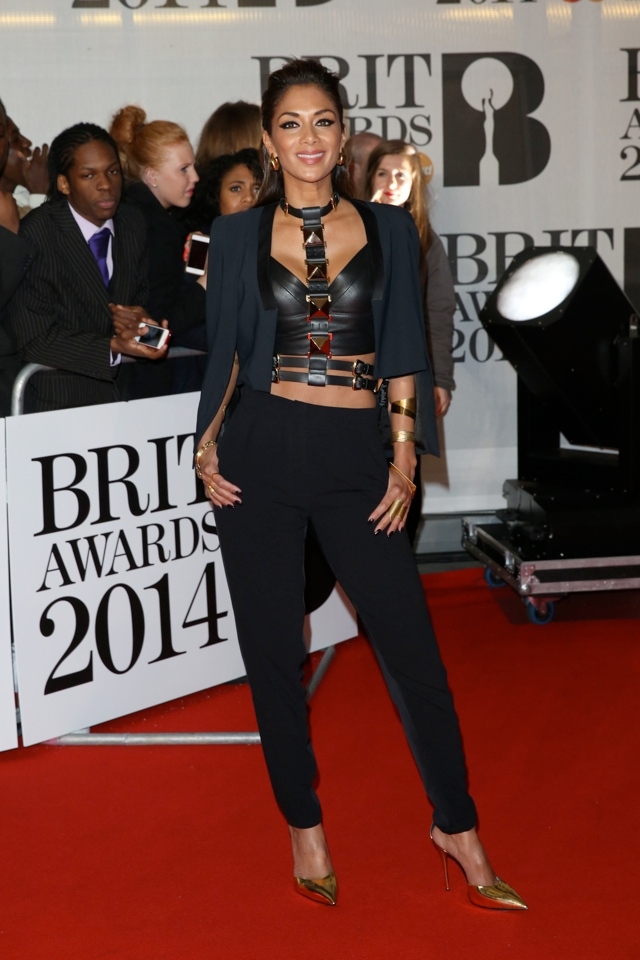 nicole-scherzinger-crop-tops-brit-awards-after-party