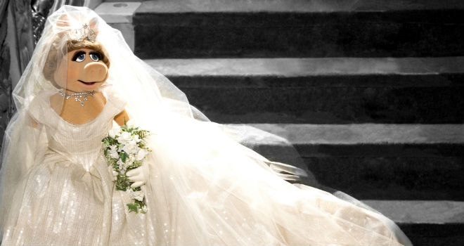 Miss Piggy vivienne westwood wedding dress