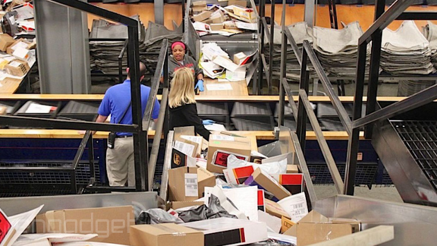 UPS and FedEx buckle under holiday load, leaving retailers and families in the lurch