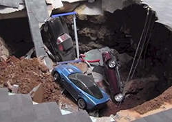 National Corvette Museum sinkhole - video screencap