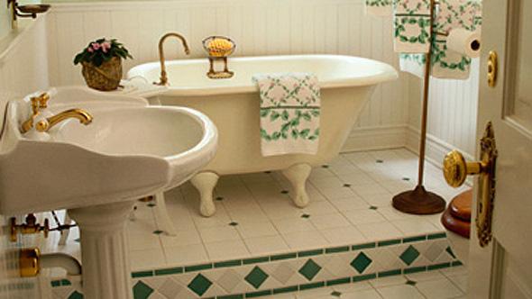 Period bathroom design