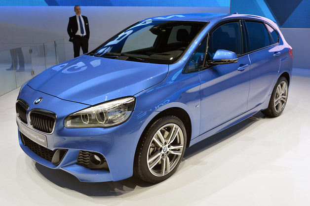 bmw 2 series active tourer pulls its way onto the stage. Black Bedroom Furniture Sets. Home Design Ideas