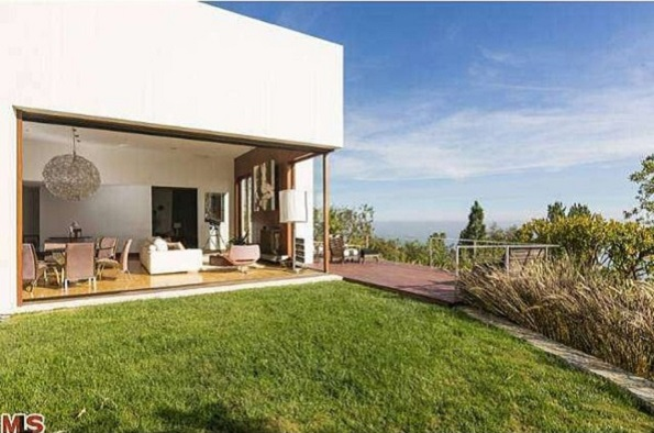 Chris Webber Lists Sleek Malibu House for $3.999 Million