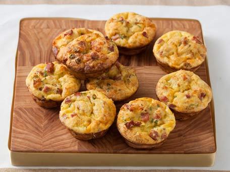 Cheddar, Ham, and Scallion Cups