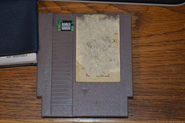 Este mugriento cartucho de NES (no) se ha vendido por 100.000 dólares [Actualizada]