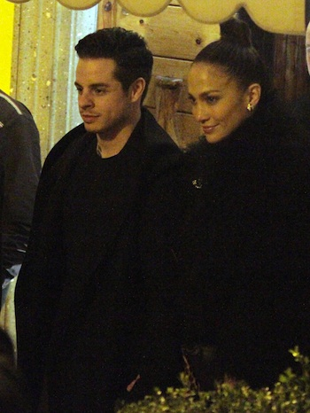 51261465 'The Boy Next Door' actress Jennifer Lopez arrives in Rome, Italy with her boyfriend Casper Smart on November 13, 2013. FameFlynet, Inc - Beverly Hills, CA, USA - +1 (818) 307-4813 RESTRICTIONS APPLY: USA ONLY