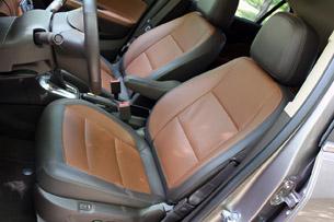2013 Buick Encore front seats
