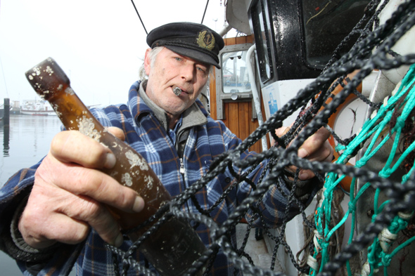 Fishermen find world's oldest message in a bottle
