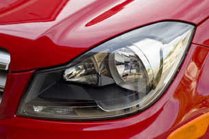 2013 Mercedes-Benz C250 Sport headlight