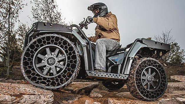 【ビデオ】パンク知らずの画期的タイヤを履いた新型の全地形対応車!