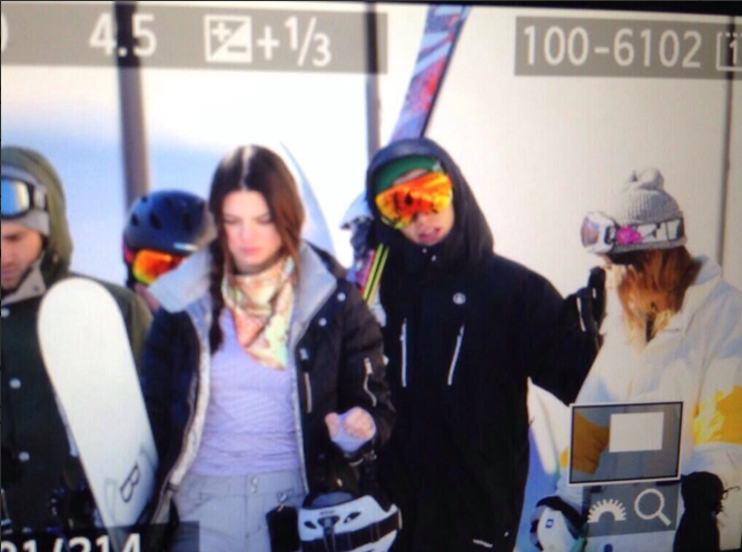Kendall Jenner and Harry Styles skiing Mammoth pic