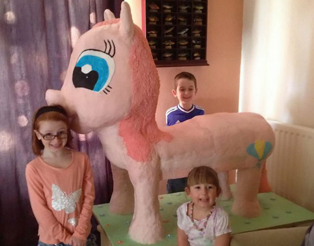 Mum makes 4ft, 3ins tall My Little Pony birthday cake for daughter