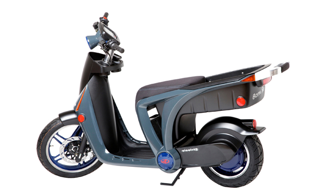 Genze sts electric scooter is designed for gen z and their phones