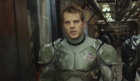 Robert Kazinsky in Pacific Rim