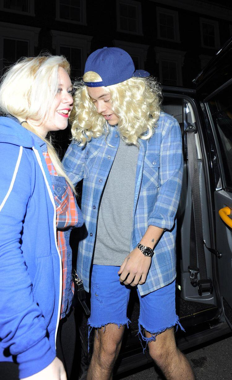 Harry Styles Hanson costume blonde wig