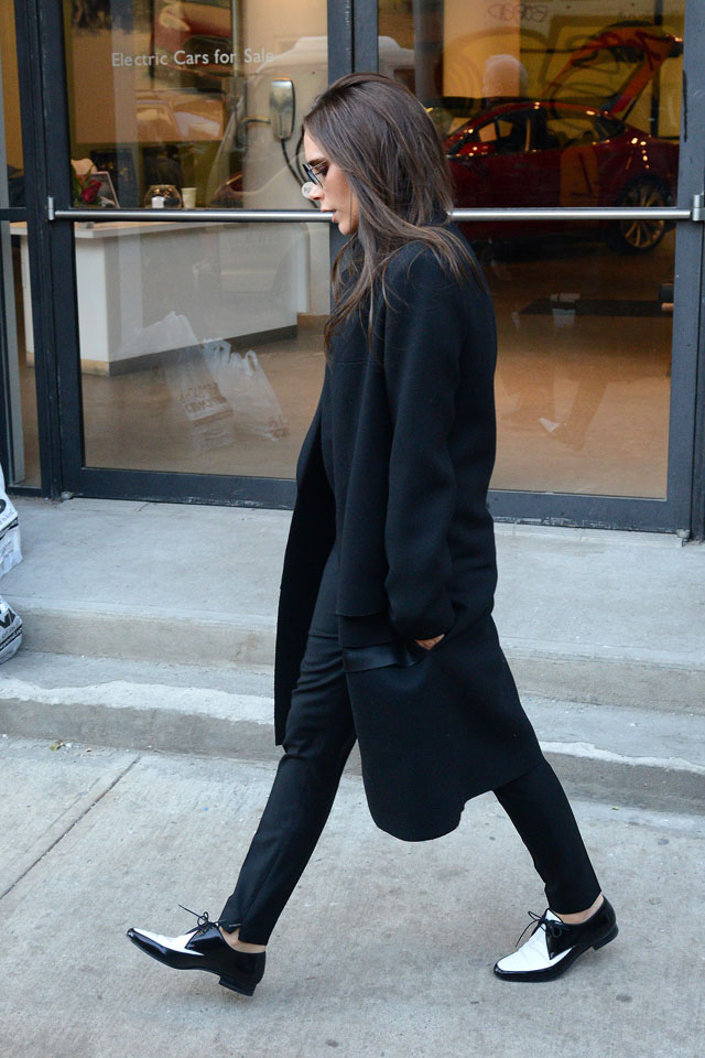 NEW YORK, NY - FEBRUARY 11: Victoria Beckham is seen leaving her office on February 11, 2014 in New York City.  (Photo by Gardiner Anderson/Bauer-Griffin/GC Images)