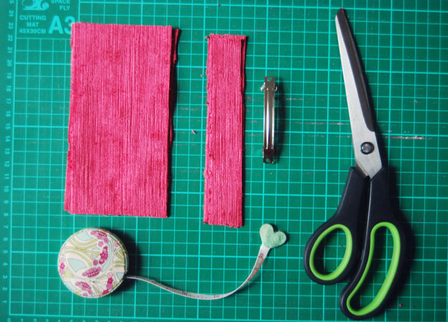 how-to-make-a-bow-hair-accessory