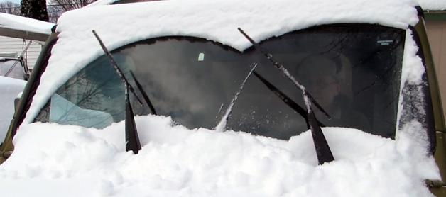 【ビデオ】雪の朝の必需品!? 自動で雪や氷をはたき落とすワイパーが登場