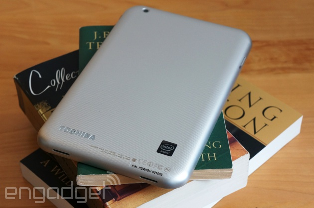 Toshiba Encore on a stack o' books