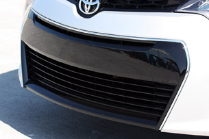 2014 Toyota Corolla grille