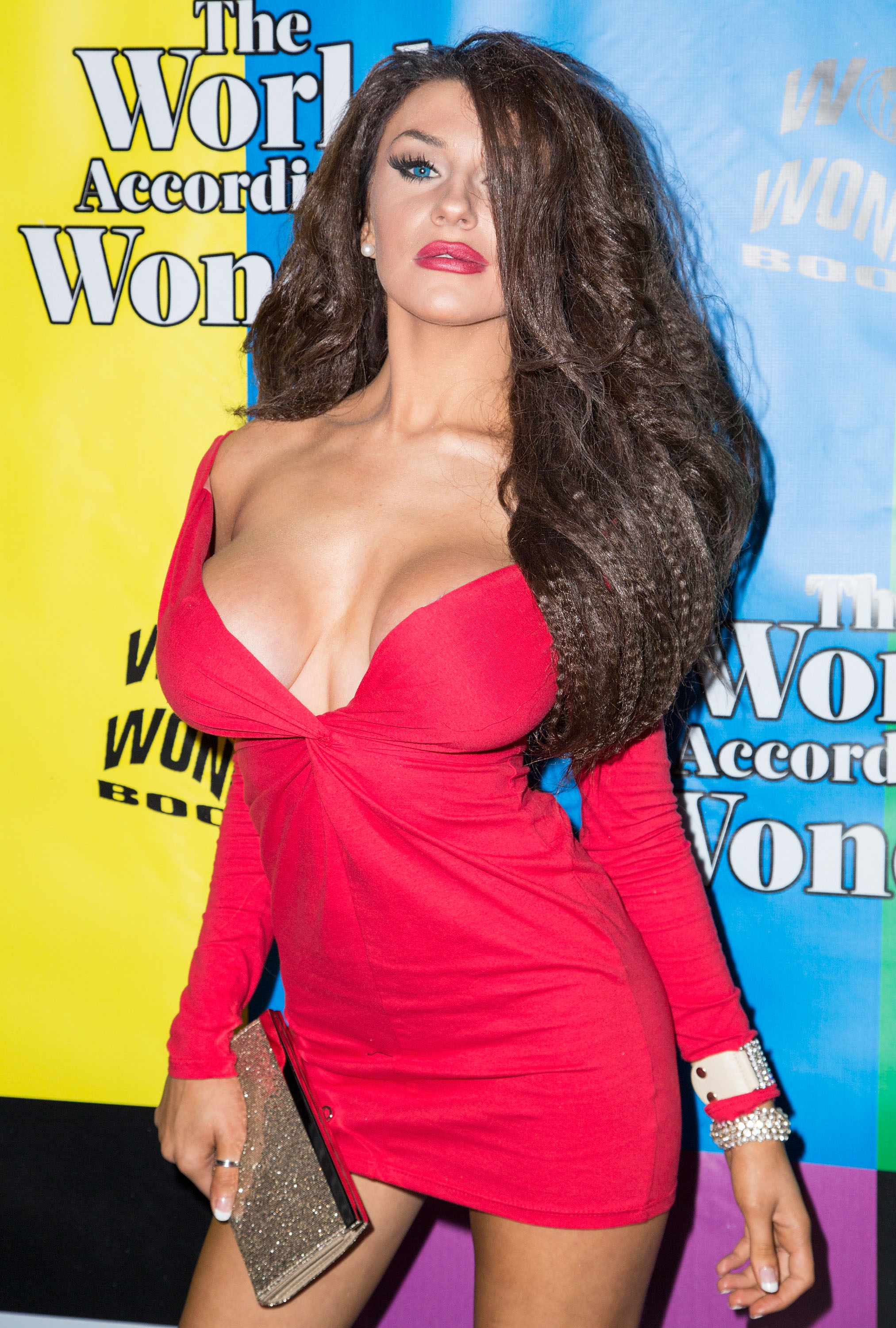 UNIVERSAL CITY, CA - DECEMBER 12:  TV personality Courtney Stodden attends the World of Wonder's 1st Annual WOWie Awards at The Globe Theatre on December 12, 2013 in Universal City, California.  (Photo by Vincent Sandoval/Getty Images)